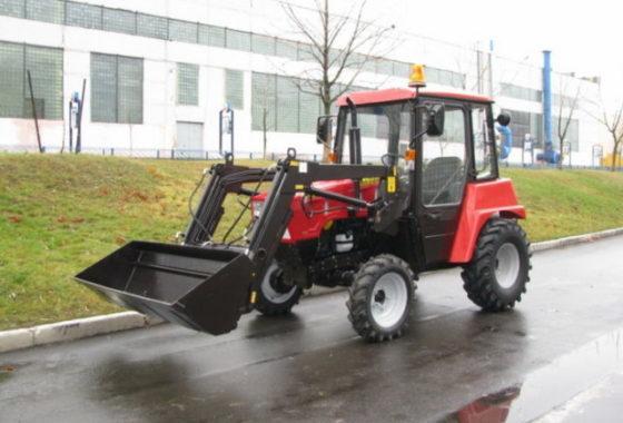 2 Оборудование погрузочное ОП-300 на тракторе МТЗ-320