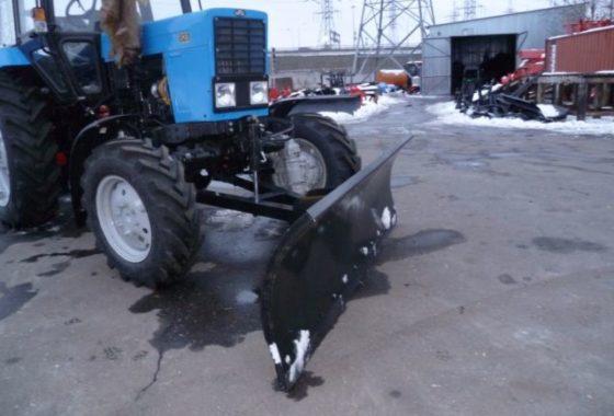 2 отвала коммунального снегоуборочного ОС-2.4