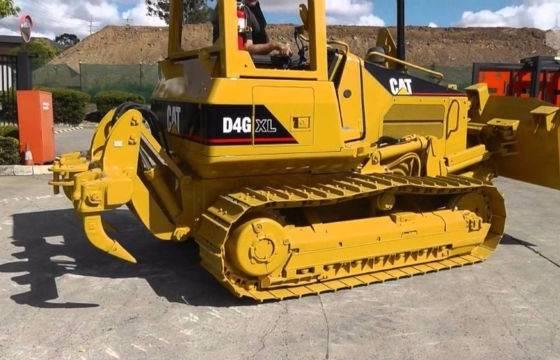 !!_!Caterpillar-d4g-xl-3