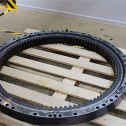 Поворотный круг  на HITACHI  ZX200LC-3 ZX210H-3 ZX210K-3 ZX200-5G ZX210H-5G ZX210K-5G