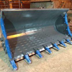 Ковш скальный усиленный (V-3m3) для фронтального погрузчика SDLG956L (1)