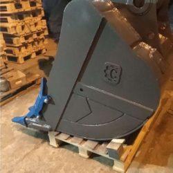 Ковш усиленный 1м3 для JS240 (адаптеры и коронки USCO ITR Италия) (1)